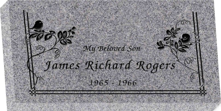 20 inch x 10 inch x 3 inch Flat Granite Headstone in Grey with design SD-602