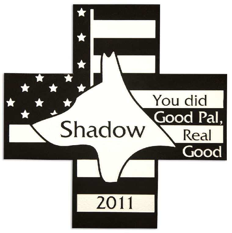 Dog-Cross-Flag-Pet-Memorial-in-Imperial-Black-(PM139BK)
