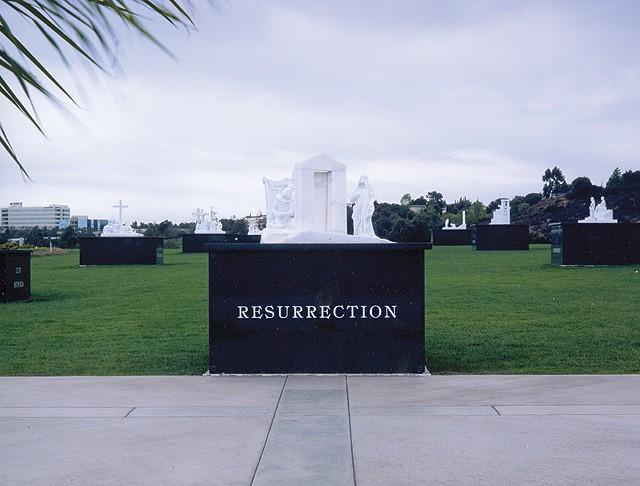 El Camino Memorial Park, Garden of the Resurrection